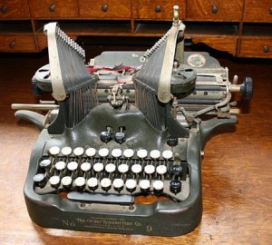 Sm-OliverTypewriter1