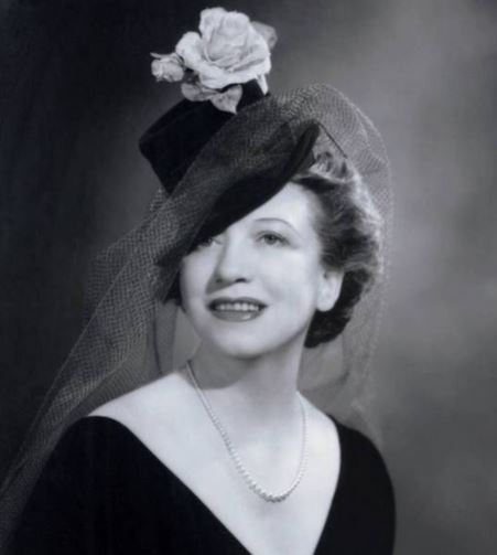 Make-up Mogul Elizabeth Arden